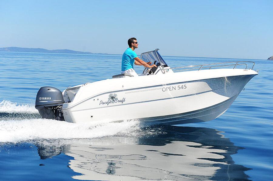Photo du bateau à moteur PACIFIC CRAFT 545 Open