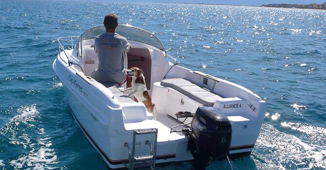 Location B2 MARINE CAP-FERRET 452 Open à Canet-en-Roussillon | alliance-nautique-location.com/accueil.php