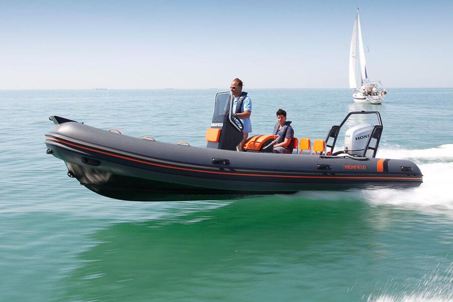 Photo du bateau à moteur HIGHFIELD OM 590