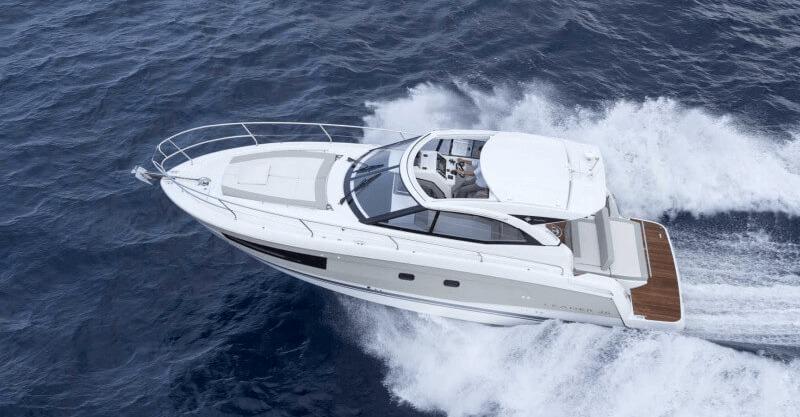 Location JEANNEAU LEADER 36 à Golfe-Juan | www.systemboat.com